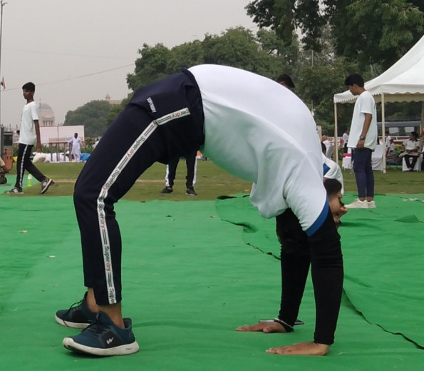 Mr. Varun Arya with 3 years of yoga teaching